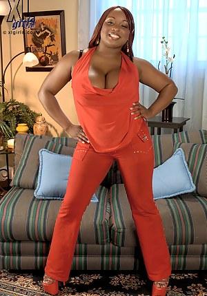 Ebony MILF Porn Pictures - Mature Milf Moms